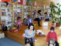Pohádkový koutek knihovny a pohádkové čtení